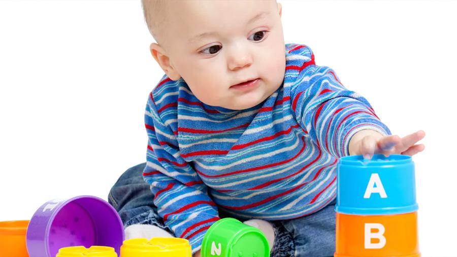 Los bebés son capaces de razonar mucho antes de empezar a hablar