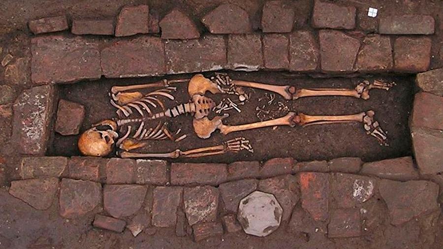 Esta mujer de la Edad Media 'dio a luz' dentro del ataúd