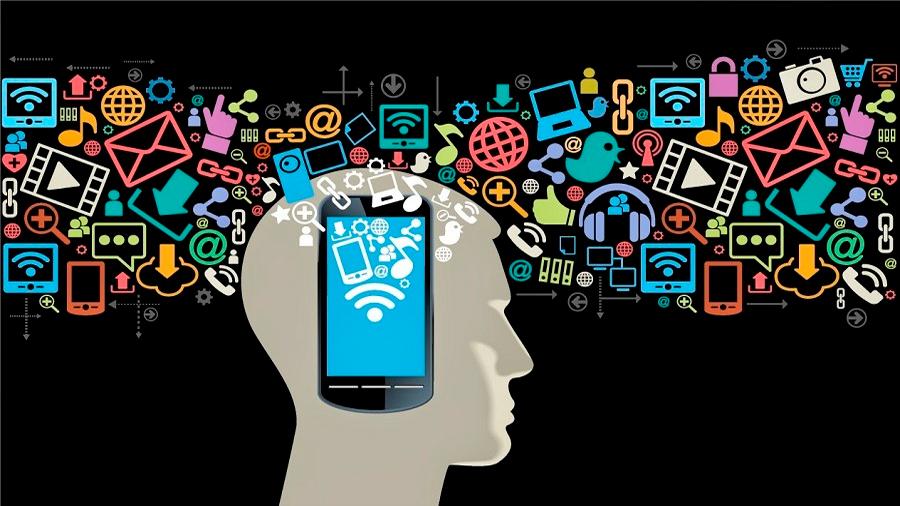 ¿Está embotando el móvil el cerebro de los adolescentes?
