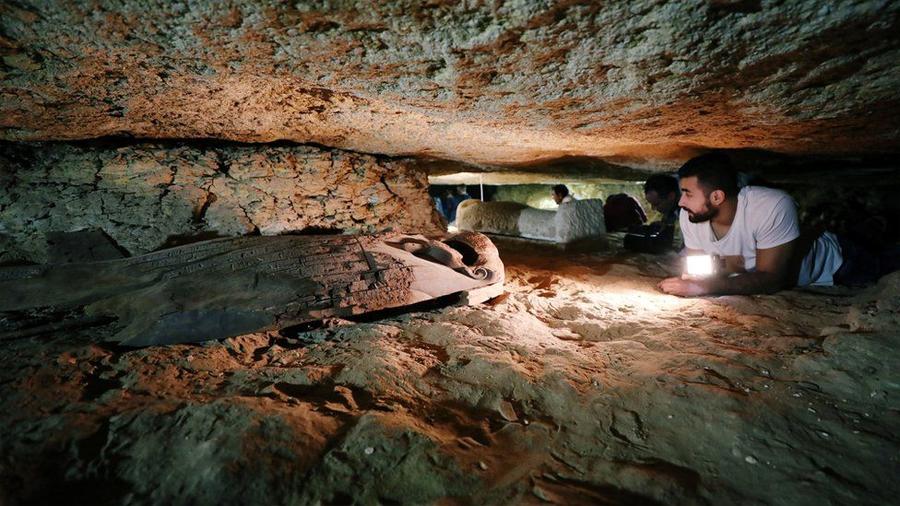 """Necrópolis descubierta en Egipto contenía un """"mensaje del más allá"""""""