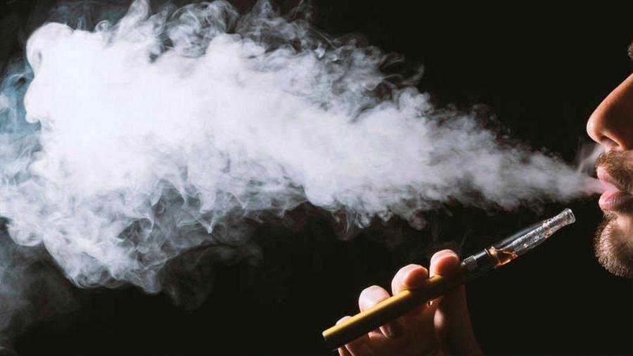 Científicos concluyen que los cigarrillos electrónicos pueden ser peores que la nicotina