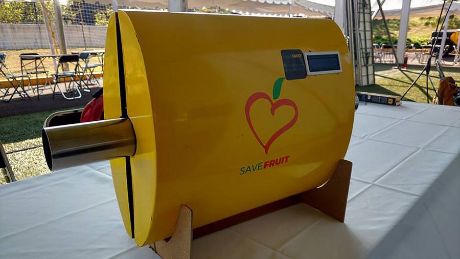 Crean jóvenes emprendedores mexicanos pasteurizador de pulpa de mango para disminuir pérdidas de productores