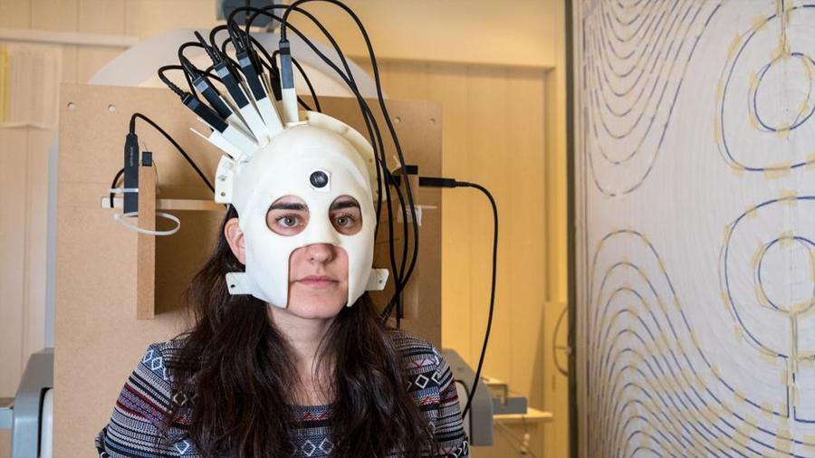 Científicos desarrollan un escáner cerebral que se puede usar como casco