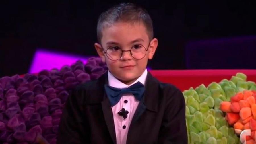 Conoce al niño genio colombiano de 6 años cuyo coeficiente intelectual es similar al de Einstein
