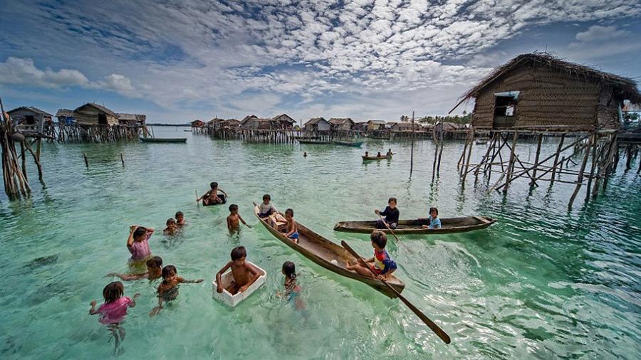 Impacta a científicos el misterio de la extraña tribu que aguanta 13 minutos bajo el agua