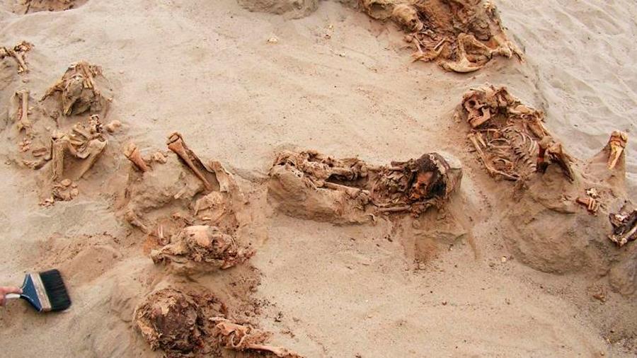 Hallan evidencia del que sería el mayor sacrificio de niños en el mundo