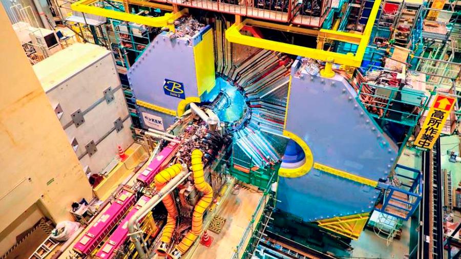 Primeras colisiones de partículas en el acelerador japonés SuperKEKB