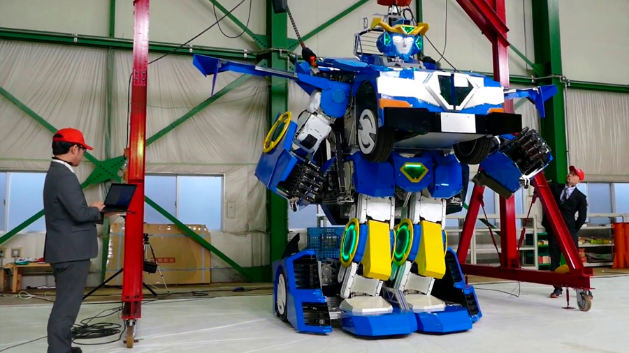 Desarrollan en Japón el auténtico Transformer: inmenso robot puede convertirse en coche