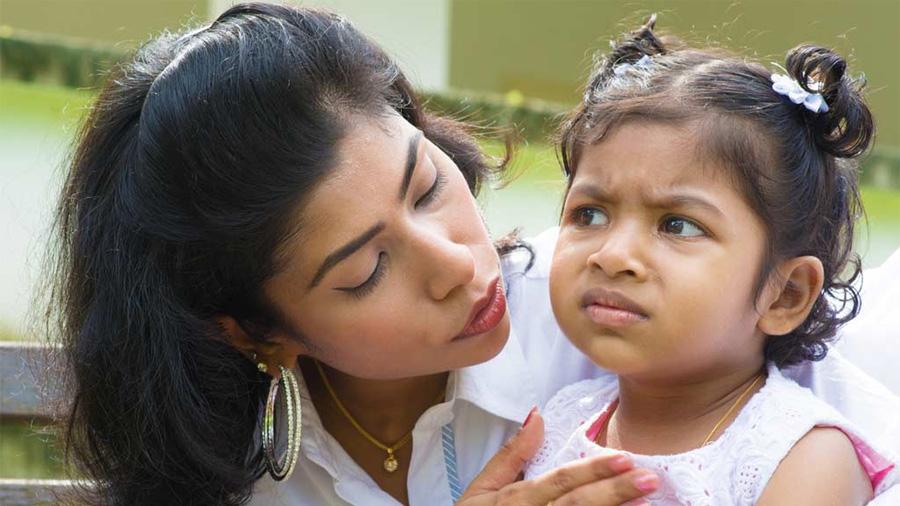 La extraña forma de abuso infantil por la que las madres inventan o infligen enfermedades en sus hijos