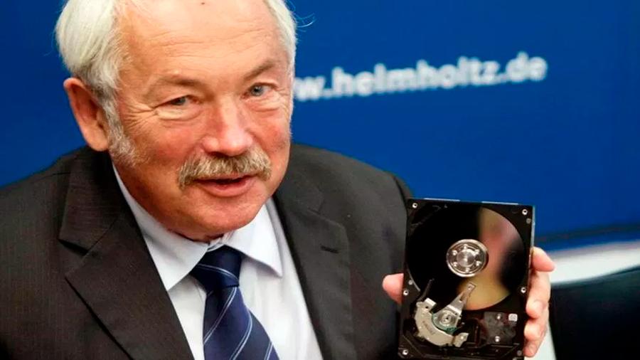 Peter Grünberg, el Nobel que quizás no conoces pero cuyo descubrimiento usas diario