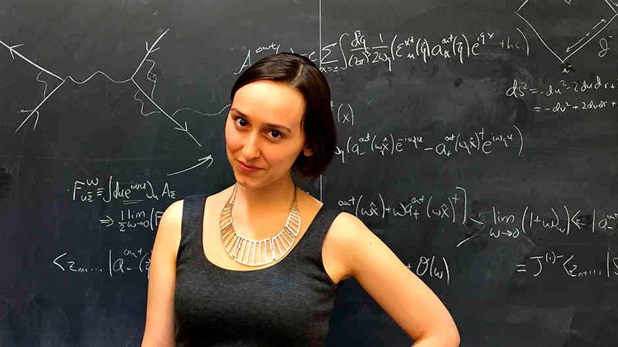 La millenial latino-estadunidense que Harvard cree es 'la próxima Einstein