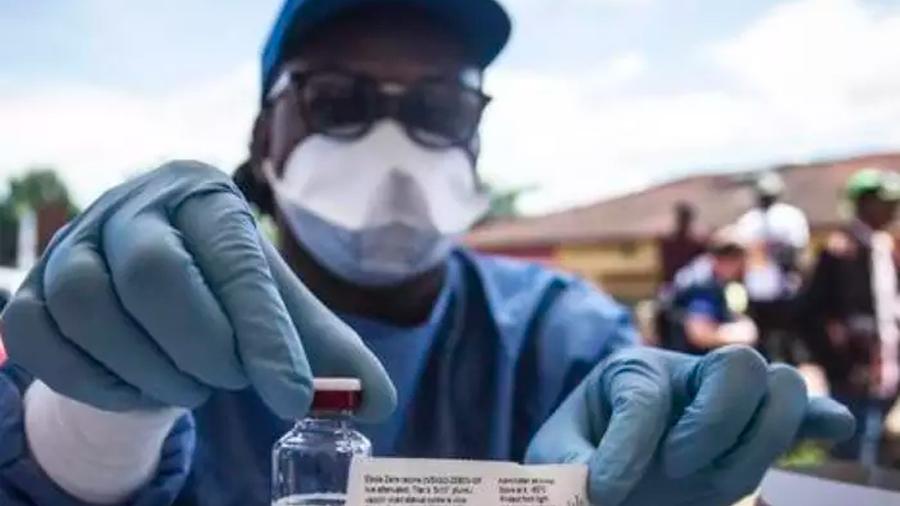 Científicos kenianos descubren dos vacunas contra el ébola