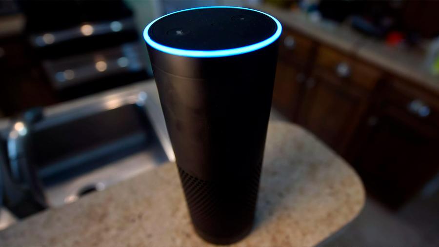 El altavoz inteligente de Amazon graba una conversación privada y se la envía a un contacto