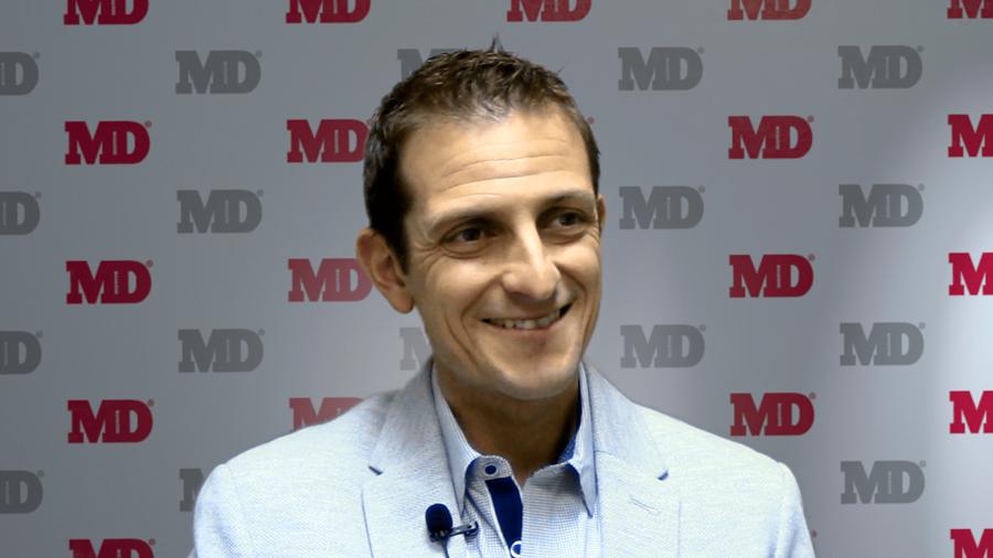 """Investigador argentino en Harvard vía las bacterias descubrió cómo """"poner freno"""" a la esclerosis múltiple"""