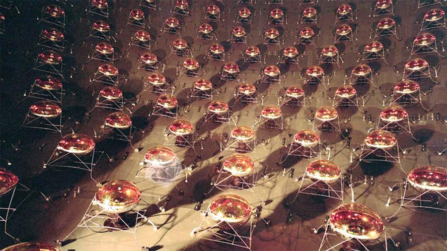 Hallan evidencias de una nueva partícula capaz de explicar la materia oscura y la antimateria