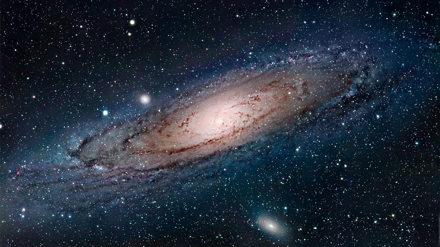 La Vía Láctea tiene la masa de 960,000 millones de soles