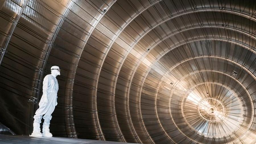 """Una instalación de 220 toneladas empieza a buscar la masa del neutrino, la llamada """"partícula fantasma"""""""
