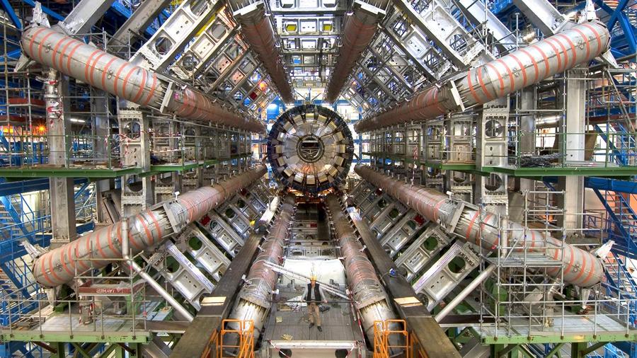 Renovarán al Gran Colisionador para elevar a 5 mil millones los choques de protones por segundo