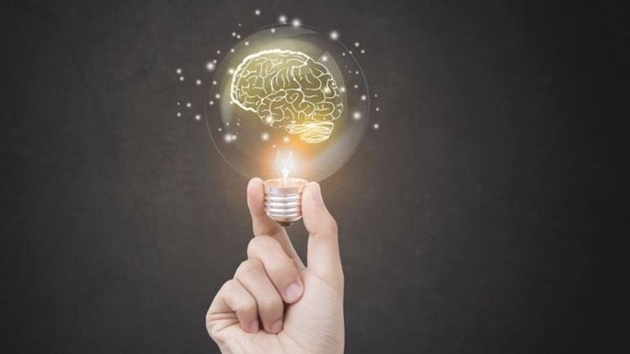 8 ideas científicas que puedes usar para parecer inteligente (y lo que realmente significan)