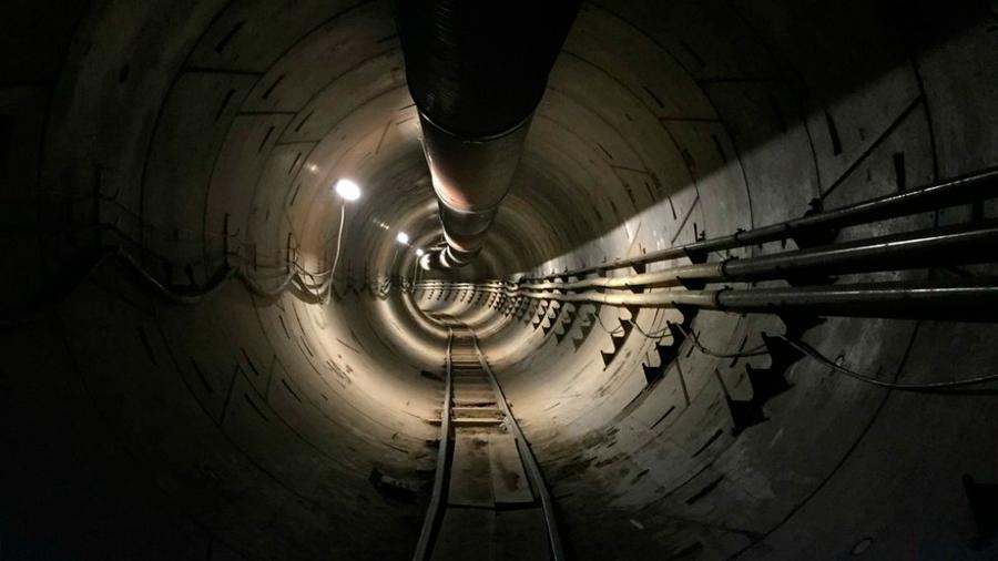 Elon Musk mostró cómo sería el viaje en un auto por uno de sus túneles