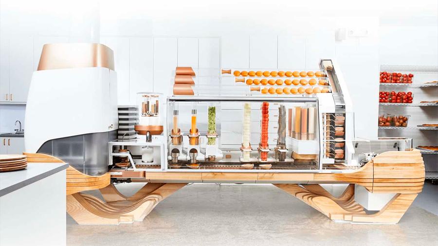Creator, el robot capaz de cocinar hamburguesas de principio a fin