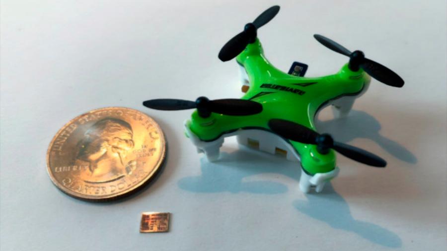 Optimizan chip que mejora el vuelo de drones tan pequeños como insectos