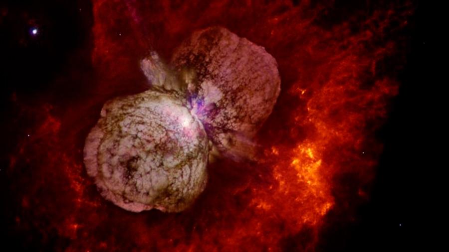El sistema estelar más luminoso Eta Carinae dispara rayos cósmicos y la Tierra está a tiro