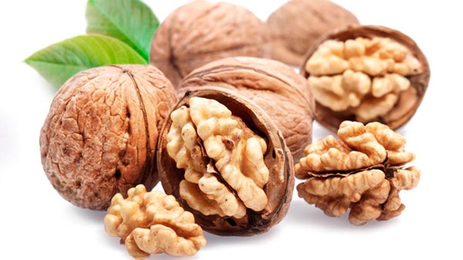 Un puñado diario de nueces disminuye la prevalencia de la diabetes a la mitad