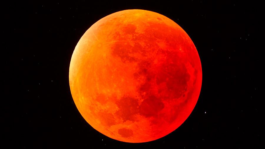 Este viernes, ocurrirá el eclipse lunar más largo del siglo