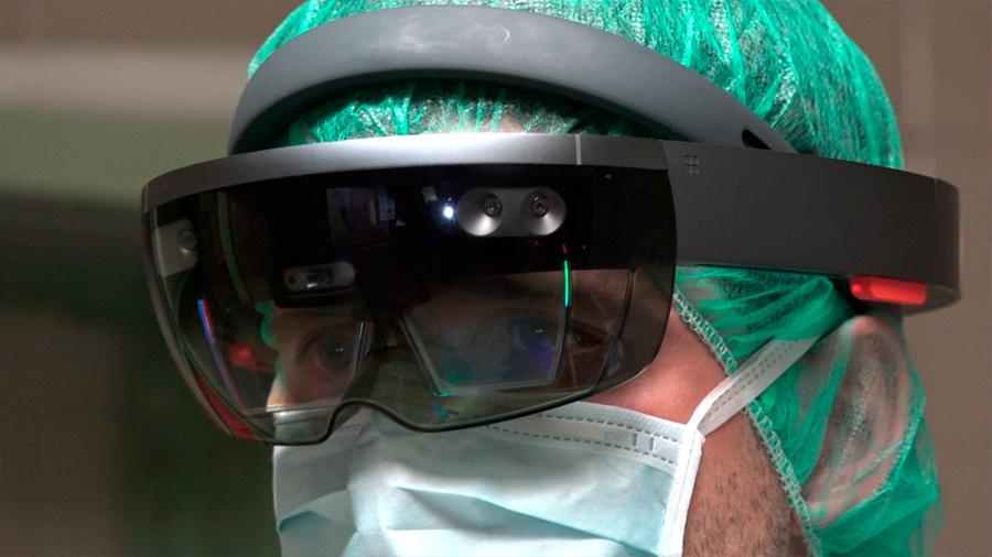 Cirugía con realidad virtual para salvar vidas de carne y hueso