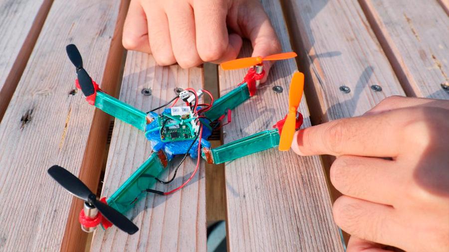 Crean dron resistente a los impactos gracias a volverse elástico cuando lo necesita
