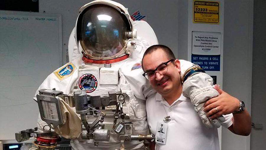 Un mexicano en la misión de cuidar la salud de la expedición a Marte de la NASA