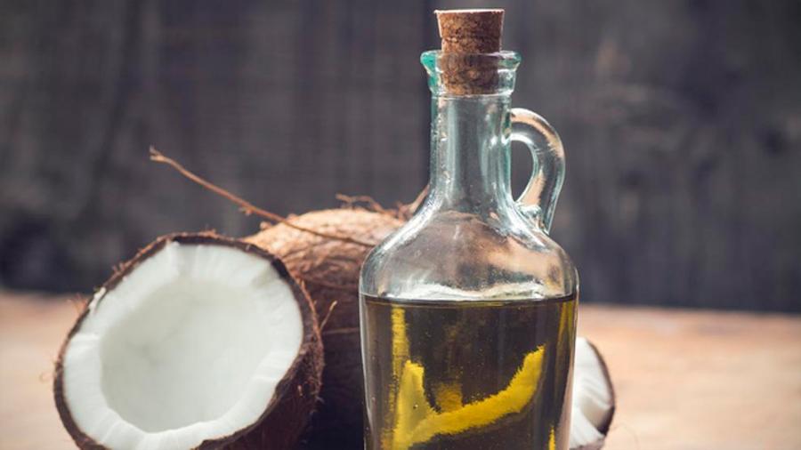 """El aceite de coco es """"puro veneno"""", según una profesora de Harvard"""