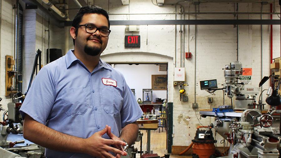 MIT reconoce a guatemalteco como una de las mentes más innovadoras de Latinoamérica