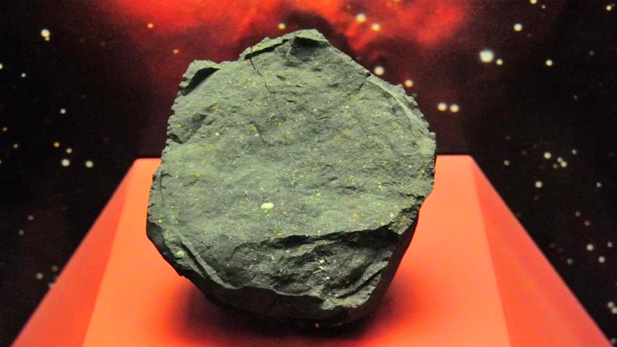 Moléculas necesarias para la vida podrían haber llegado a la Tierra en meteoritos, postula investigación