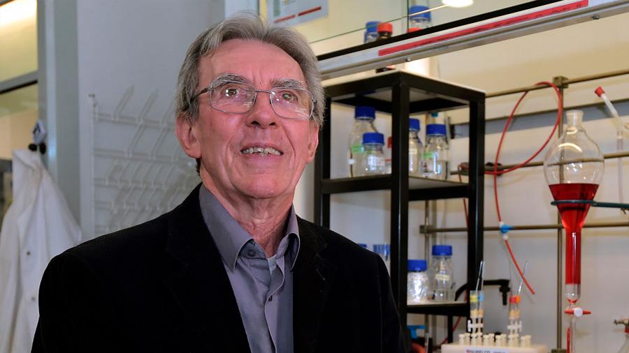 """Jean-Pierre Sauvage, Premio Nobel de Química: """"Para mí, Dios es el Big Bang"""""""