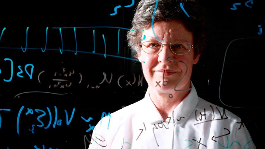 La astrofísica ignorada por el comité del Nobel recibe un premio de US $3 millones