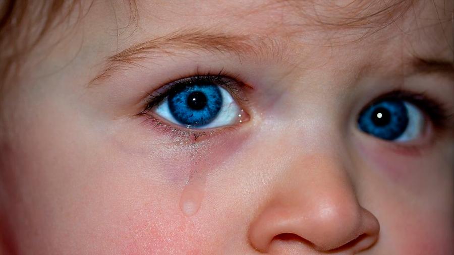 Inventan un sensor que detecta enfermedades de los ojos a partir de las lágrimas