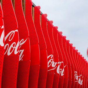 España: investigación acusa a Coca-Cola de financiar estudios científicos que sirven a sus intereses comerciales