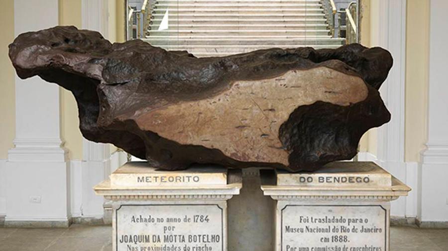 El meteorito valorado en 750 mil dólares que sigue perdido tras el incendio en el Museo Nacional de Brasil