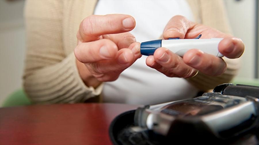 Un diabético pudiente en México vive en promedio 71 años y el de bajos recursos 63 años