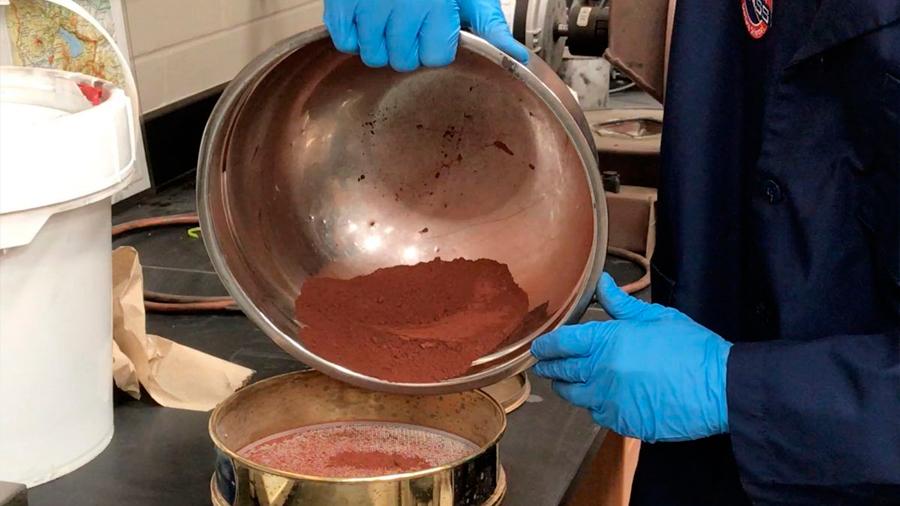 Se vende tierra marciana a 20 dólares el kilo, más gastos de envío