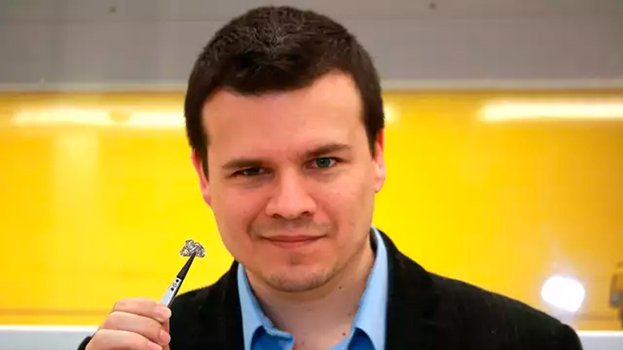 """""""El grafeno es tan raro que todavía estamos pensando qué hacer con él"""": investigador español en el MIT"""