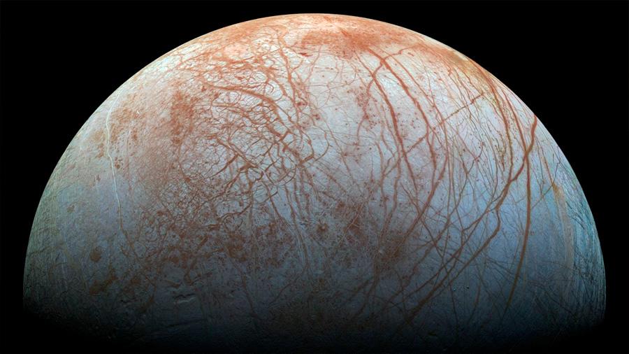 Cuchillas gigantes de hielo complican aterrizar en la luna Europa