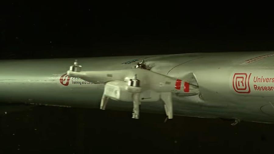 ¿Te has preguntado que pasaría si un dron choca contra un avión? ¡Impactante video!