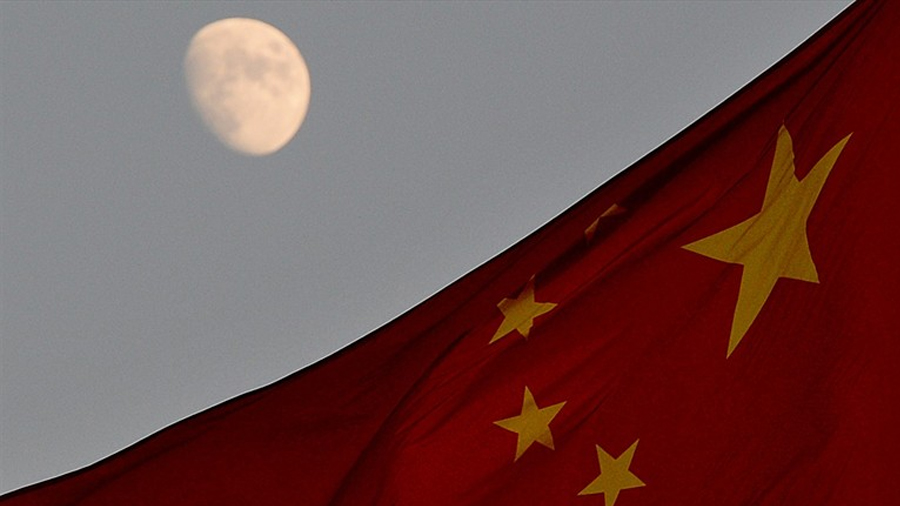 """China planea lanzar una """"luna artificial"""" en 2020"""