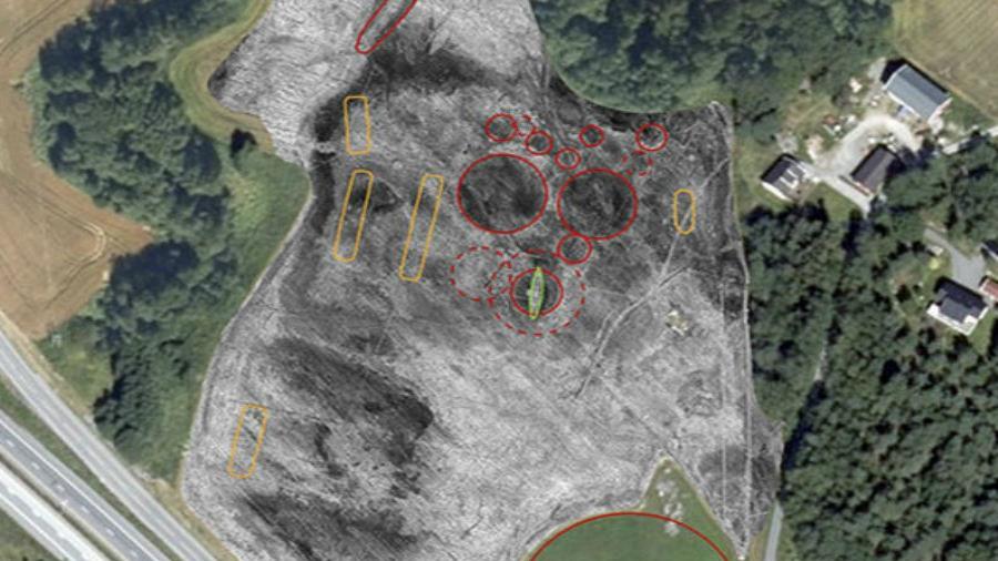 Descubren barco vikingo enterrado en Noruega