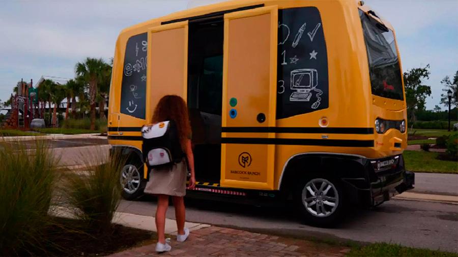 EU prohíbe operar a un autobús autónomo en Florida por circular con niños