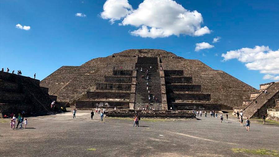 México: Descubren en pirámide de la Luna de Teotihuacan un túnel y una cámara secreta a ocho metros de profundidad