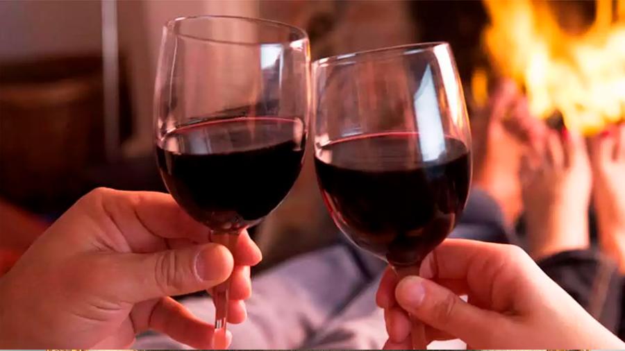 El alcohol distorsiona la formación de recuerdos a escala molecular, un par de copas incide en ello